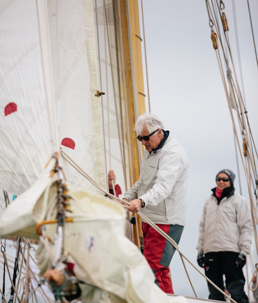 Ratsey red on sails.jpg