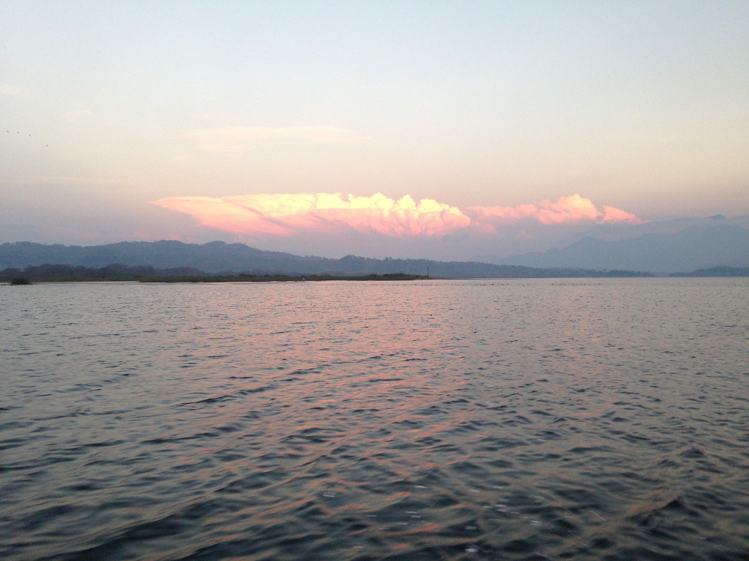 yajoa-lake_bj.jpg