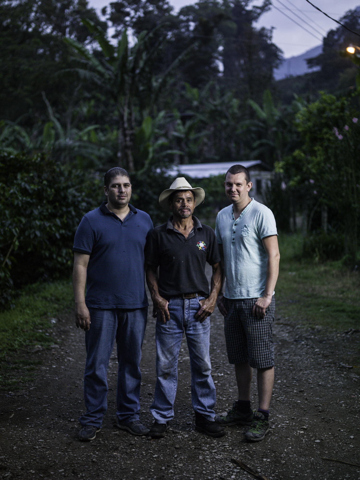 From L: Fidel Paz (Exportadora San Vicente), Eulogio, Bjørnar (CCS)