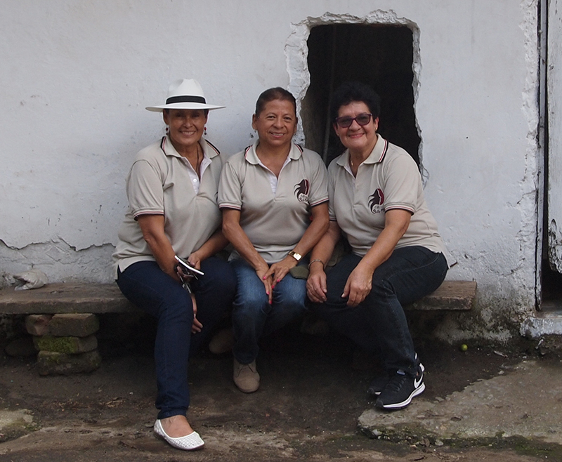 Left to right: Aneth Choronta, Floralba Peña Peña and Amparo Corrales Baena of Café Sello Mujer women's producer association.