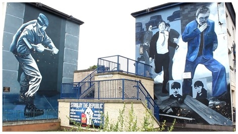 Mural walls memorializing police violence, Derry-Londonderry. Photo credit: McCann, 2018