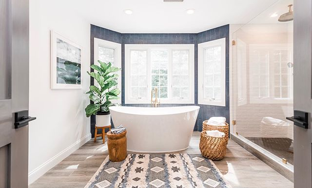 Finally ready to share some photos of this beautiful master bath remodel!  It turned out to be such a great space! It was a big project with a lot of different elements but I think we pulled it off!  The homeowners had a great vision and it was a pleasure to work with them! Thank you Clients😘💕 Thanks to @cha_lee_watson for the great work you and your team did to make this project actually happen!🔨🔧🧰 📸: @samanthawatsonphotography Thanks Sam! You're the best!  I will post photos all this week and maybe, just maybe, try a blog post on my website to discuss the all the good details of this beauty!
