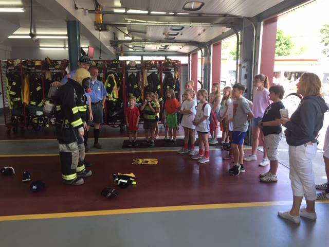 Students meet the local fire fighters
