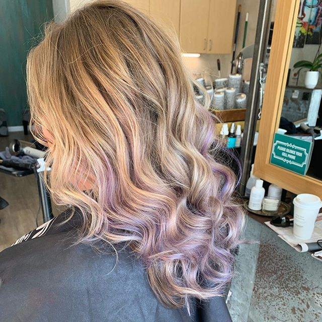 Check out those great pops of lilacs! #lilachair #popsofpurple #socultcolor #hairstylist #basaltcolorado #lovewhatyoudo