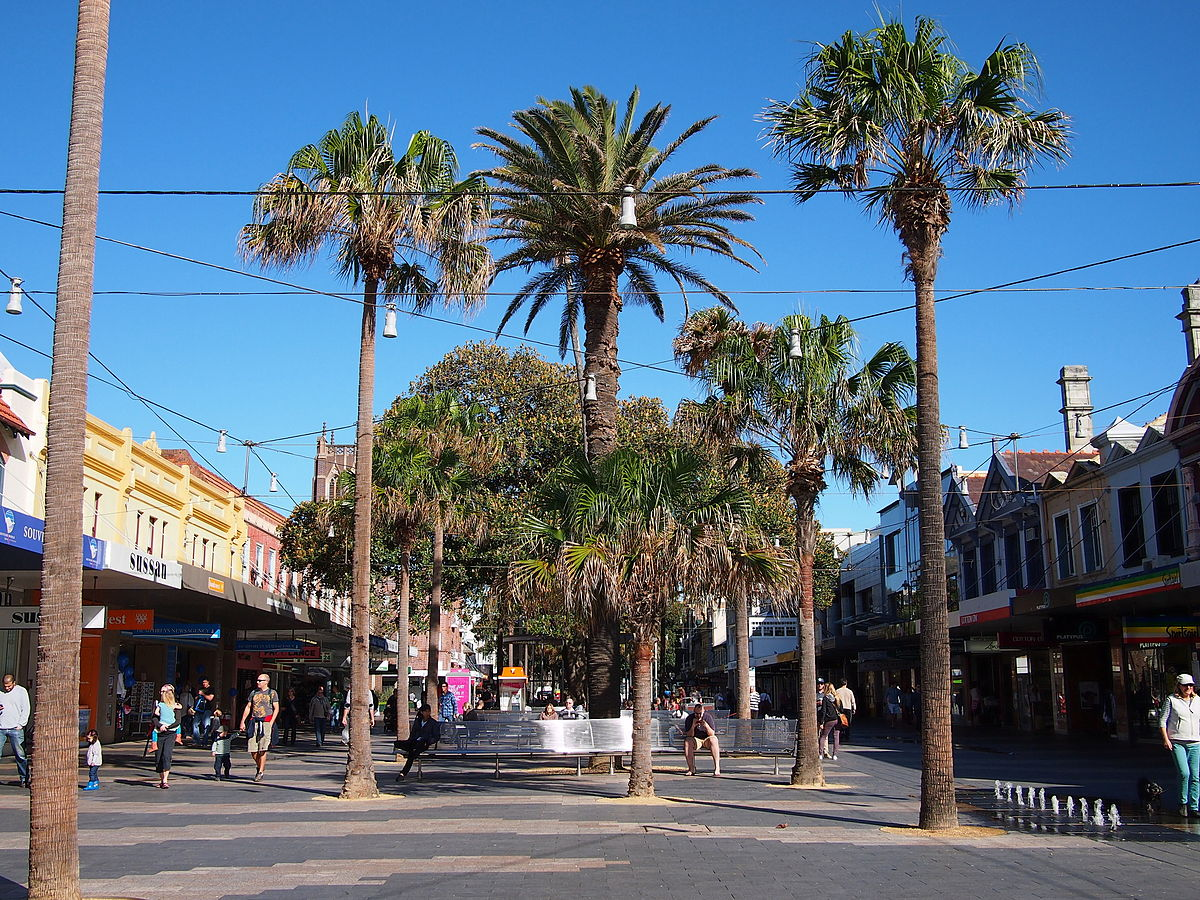 Manly_Corso_July_2013.jpg