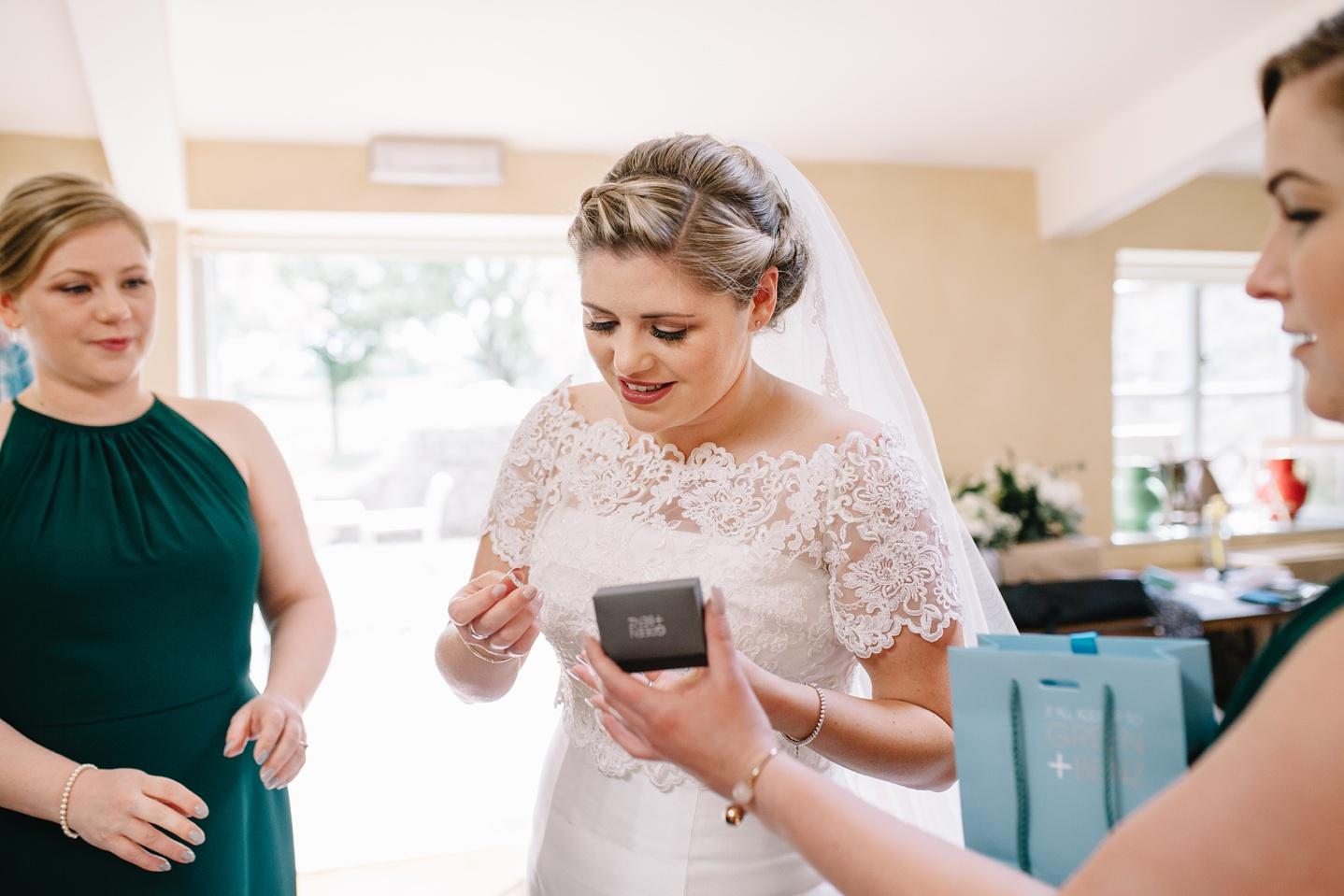 Oxleaze-Barn-Wedding-Photographer_0025.jpg