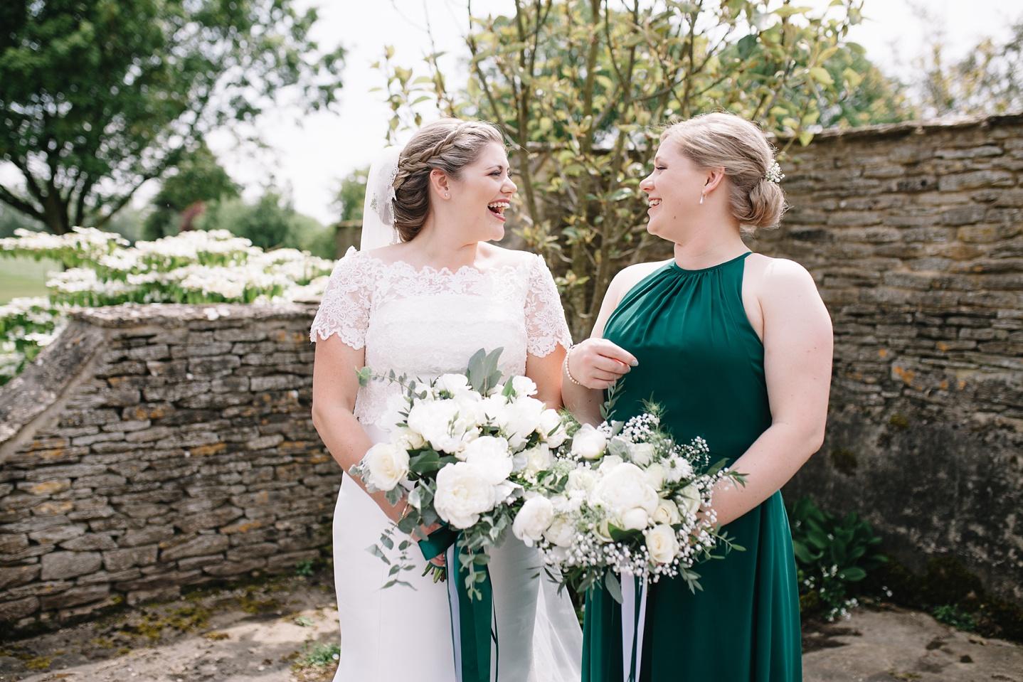 Oxleaze-Barn-Wedding-Photographer_0031.jpg