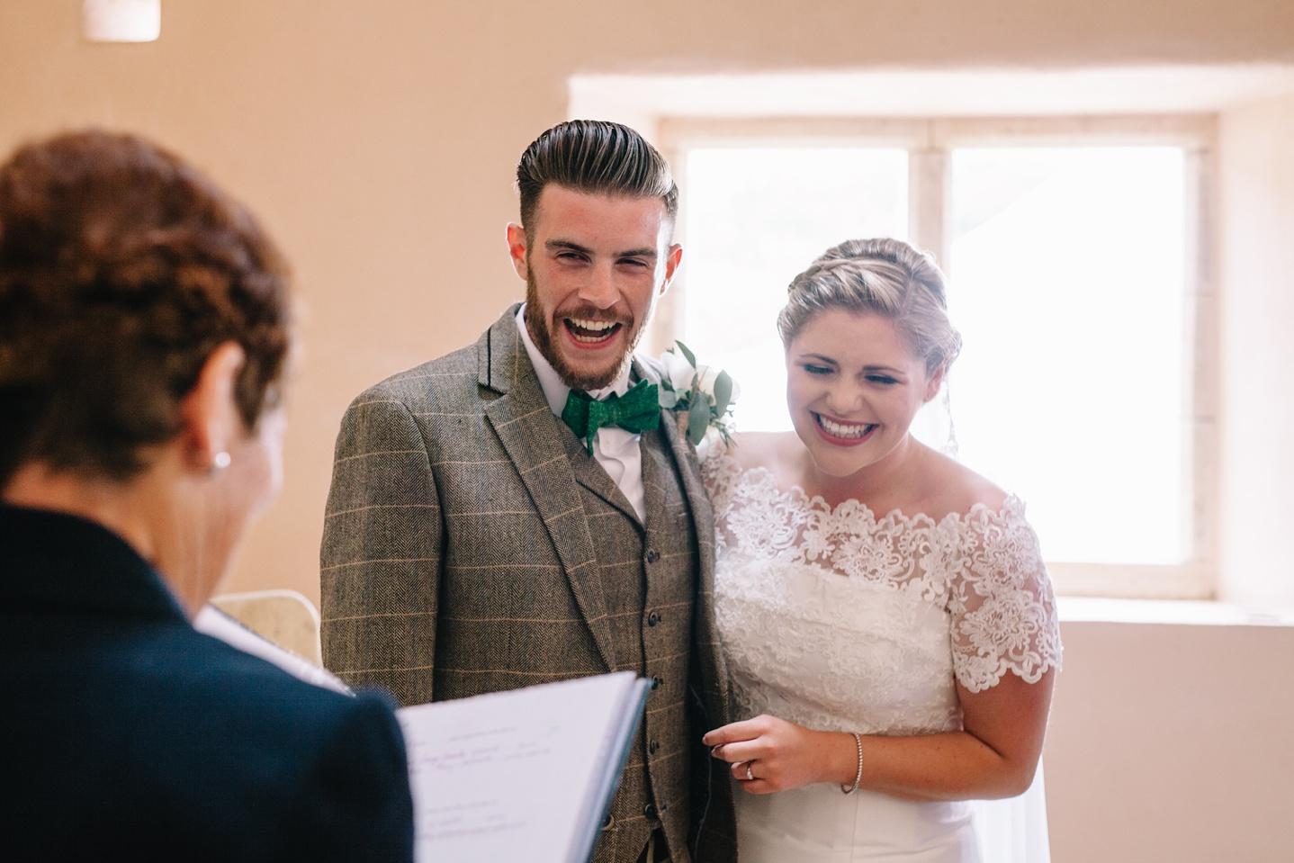 Oxleaze-Barn-Wedding-Photographer_0044.jpg