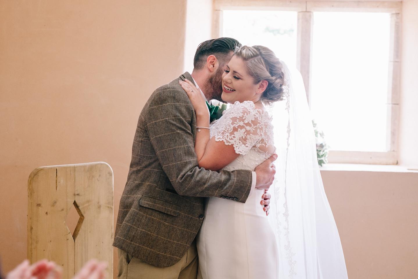 Oxleaze-Barn-Wedding-Photographer_0051.jpg