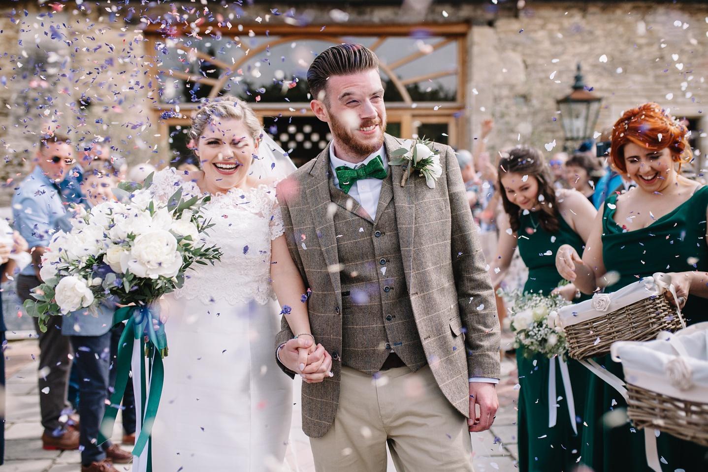Oxleaze-Barn-Wedding-Photographer_0075.jpg