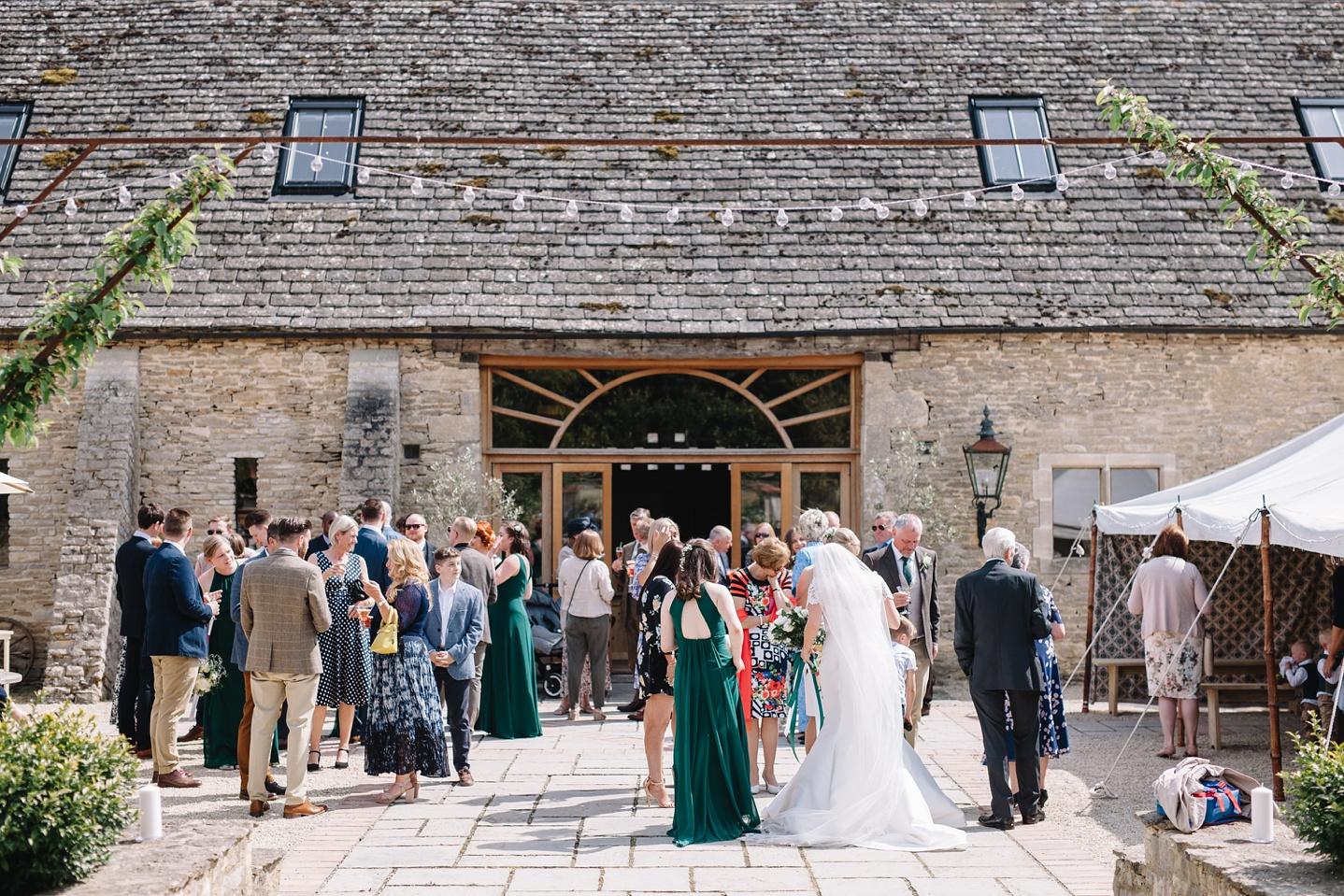 Oxleaze-Barn-Wedding-Photographer_0079.jpg