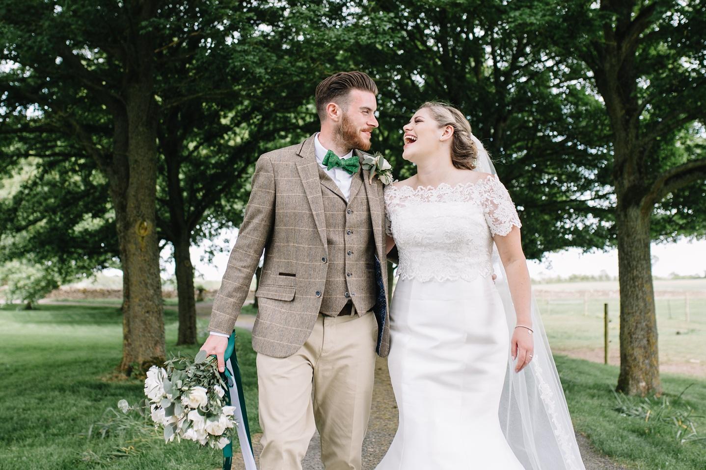 Oxleaze-Barn-Wedding-Photographer_0093.jpg