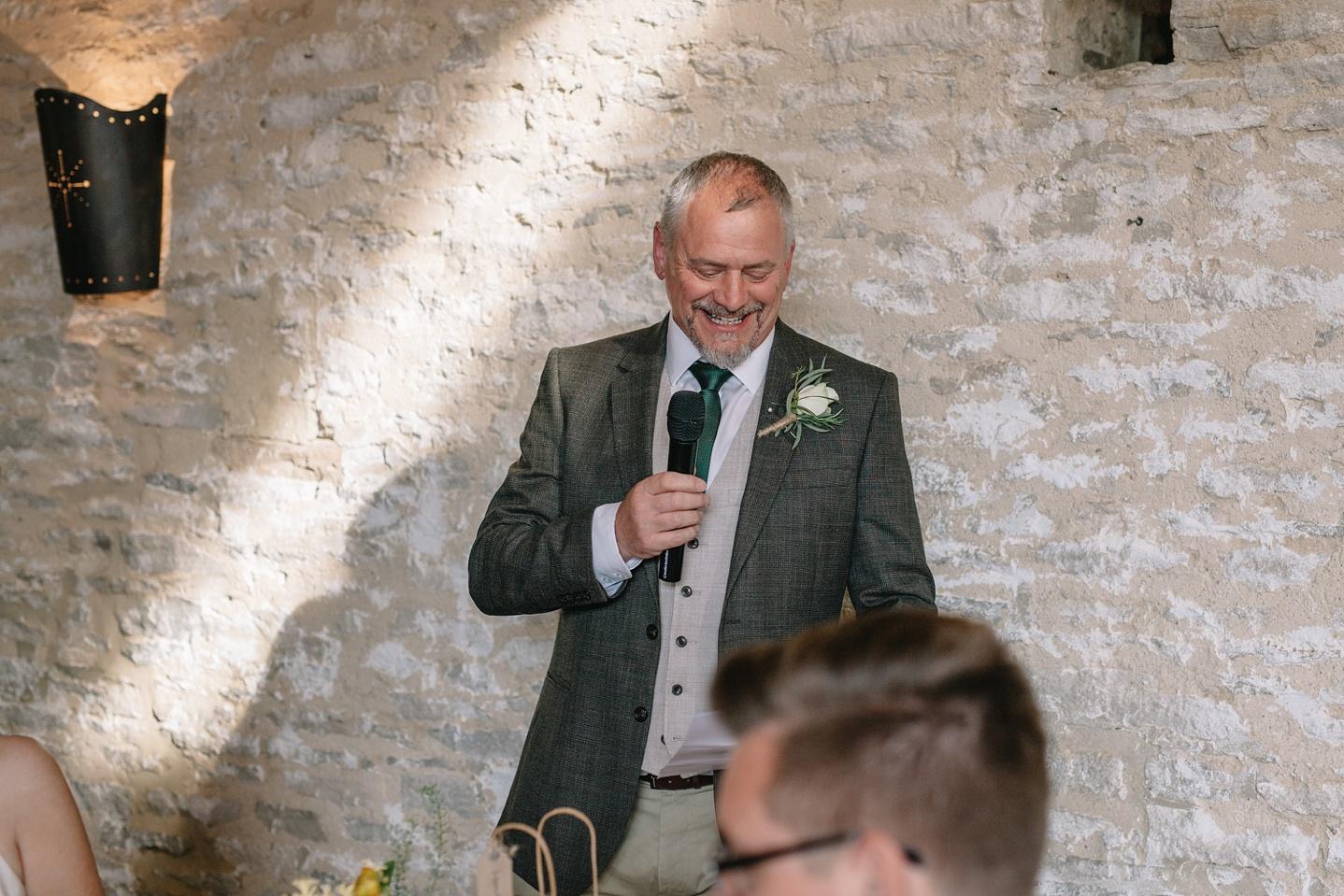 Oxleaze-Barn-Wedding-Photographer_0100.jpg