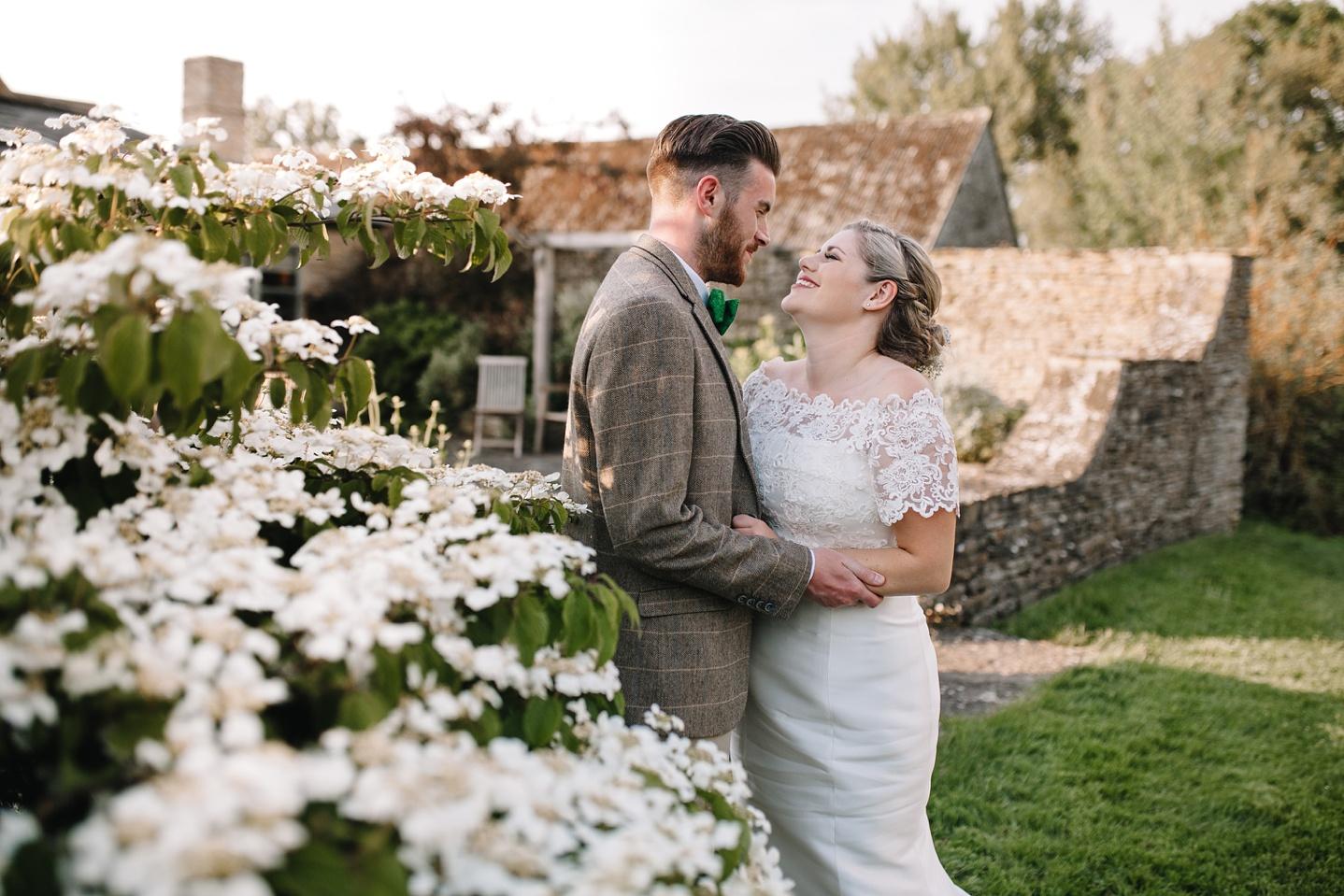 Oxleaze-Barn-Wedding-Photographer_0118.jpg