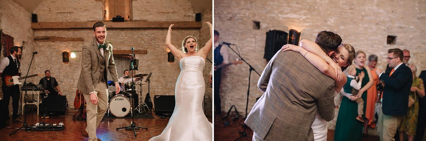 Oxleaze-Barn-Wedding-Photographer_0150.jpg