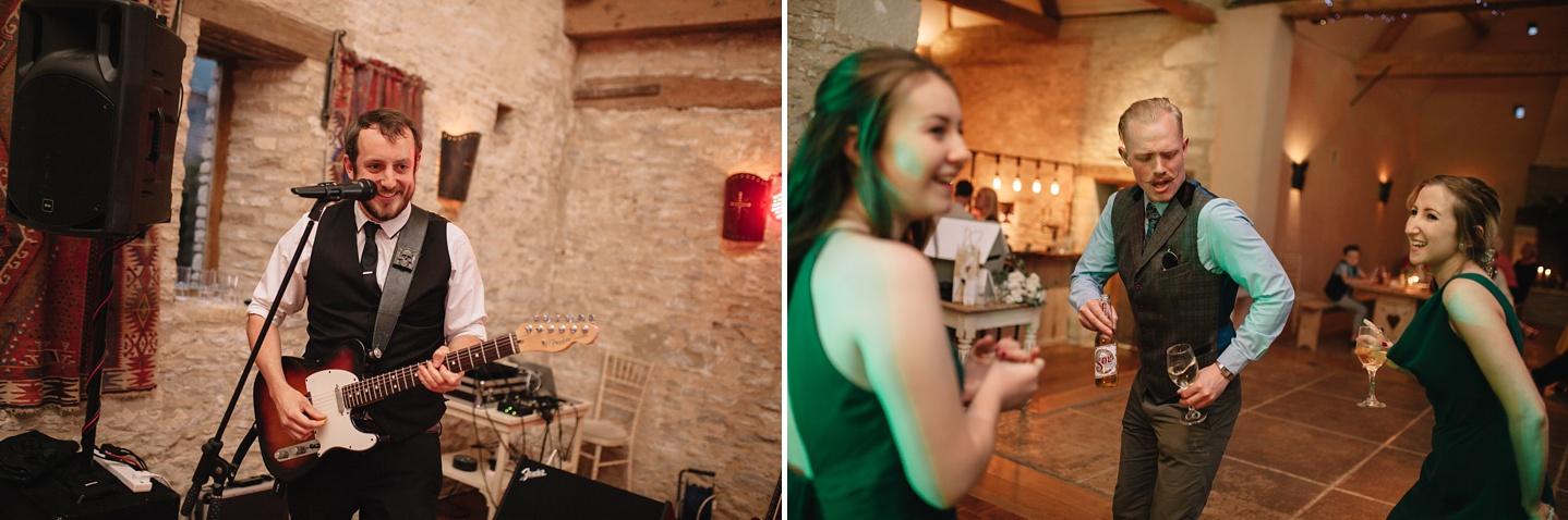Oxleaze-Barn-Wedding-Photographer_0158.jpg