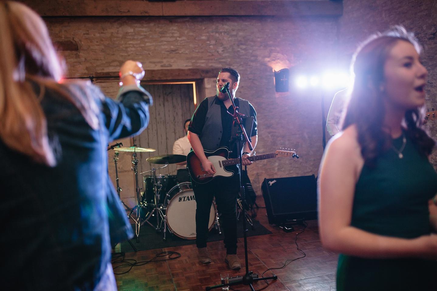 Oxleaze-Barn-Wedding-Photographer_0159.jpg