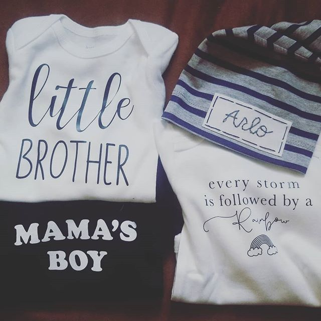 1st round of boy stuff came in the mail ❤ This little one is so loved already. #thebeeandthefox  #littleoneslove #babyboyjenks #babyarlo #myrainbow #Scarlettsbrother