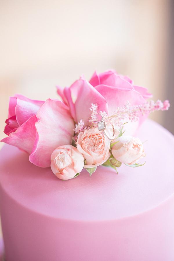 Luxury Wedding Cake, Pink Roses