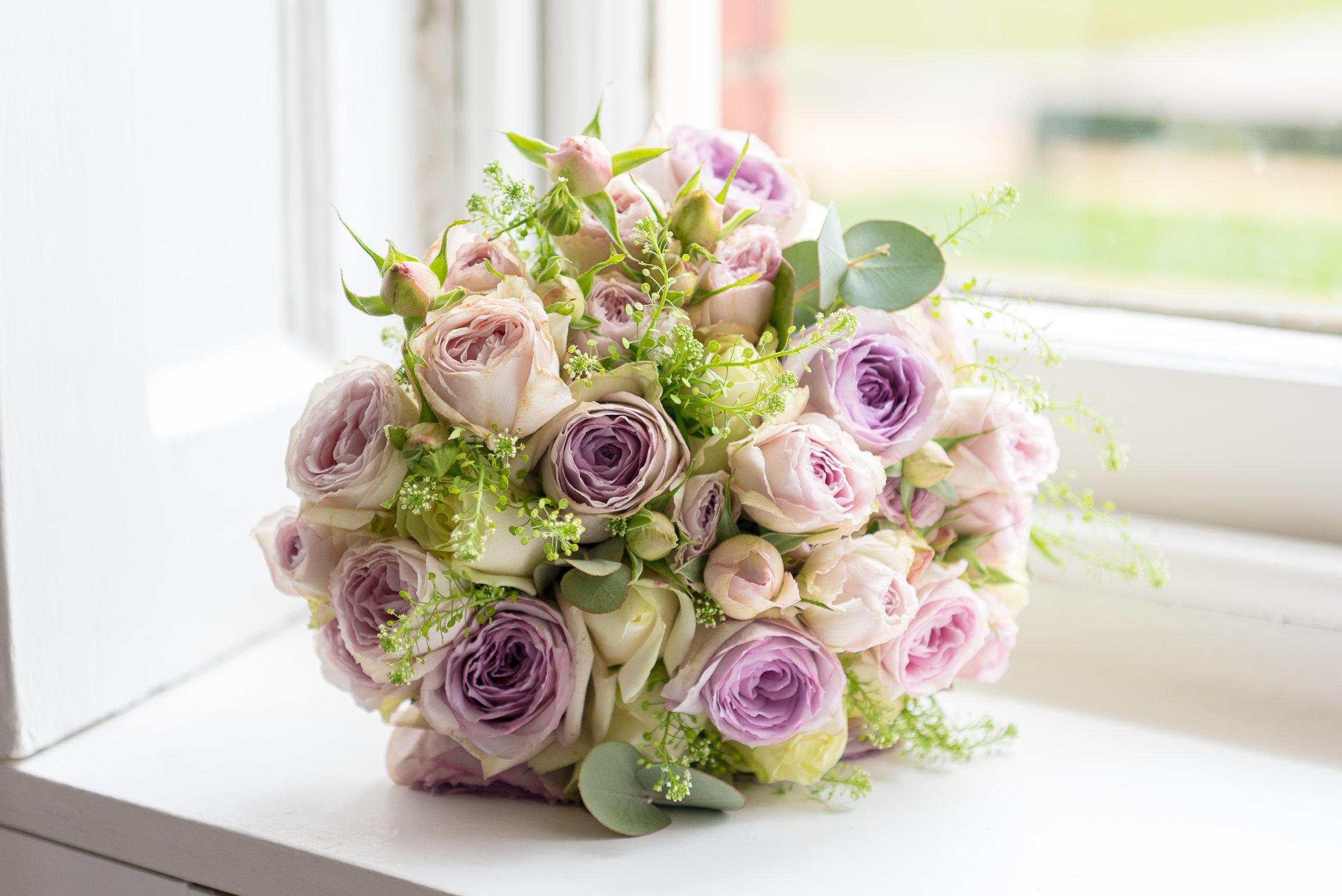 Bridal Bouquet, Royal Modern Wedding|Pink Lavender and Gold| Wren House, Royal Chelsea, London UK