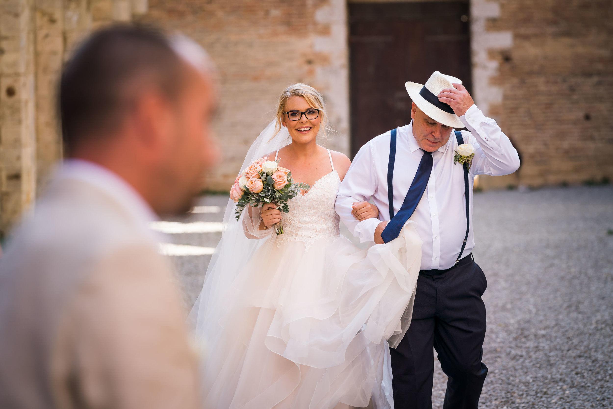 Destination wedding, destination wedding photographer, destination wedding photography, san galgano, Tuscany wedding, Italian wedding, Italy wedding, weddings abroad, wedding abroad, European wedding, destination wedding photography review, wedding photography review