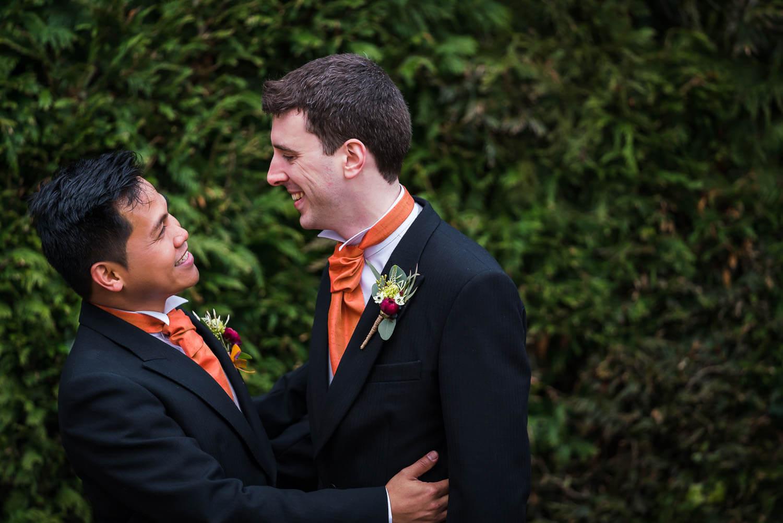 gloucestershire-wedding-photography-clearwell-castle-blog-51.jpg