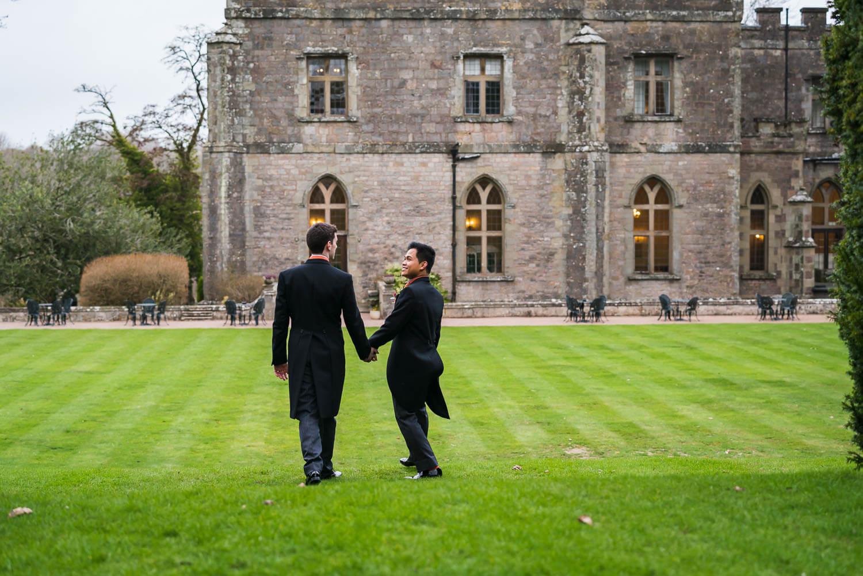 gloucestershire-wedding-photography-clearwell-castle-blog-53.jpg