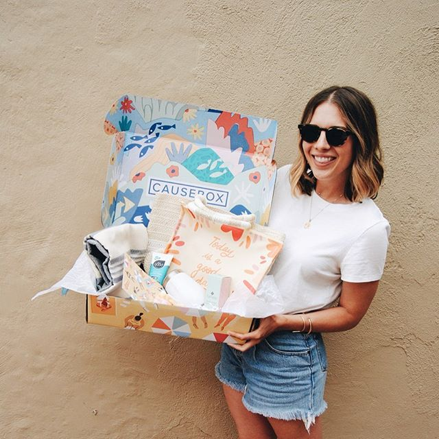 Nothing like a warm welcome to #socal living ☀️ My Summer @causebox just arrived! Every product is not only ethically and sustainably made but  highlights both emerging and established designers/brands! My personal fave is the art print and branding designed by illustrator @antra.svarcs who spent a summer residency with the company 🤩 Every box has more than $250 of products that give back for only $54.95!  Use my code: MALLORYMCC10 to get $10 off your very own Summer CAUSEBOX #causeboxcollective 🌎 🌊 🕶☀️👙#sponsoredpost #beachready #summertime #sustainability #ethicallymade #mallorymccamyart