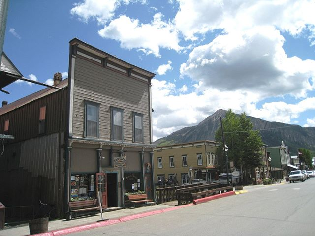 Looking for prime real estate for a commercial building, residential, or both?! The historic Forest Queen is exactly what you're looking for. ⠀ This multi-use building is located right on Elk Ave. with a bar and restaurant downstairs, and 7 Victorian rooms upstairs. ⠀ The patio area borders Coal Creek, making it the perfect place to relax on warm summer days.⠀ Click the link in my bio to learn more!⠀ .⠀ .⠀ .⠀ #coloradorealestate #crestedbutterealty #crestedbutterealestate #crestedbuttesothebys #sothebysinternationalrealty #restaurantforsale #hotelforsale #commercialspace #crestedbuttesir #sothebysinternationalrealty #forestqueen #historiccrestedbute #historicdistrict #beapartofhistory #elkave #elkavenue #crestedbutte #crestedbuttecolorado #vailsouth #crestedbuttebound #sliceofparaidse #mountainlivingelevated #crestedbutteliving #smallbusiness #coloradosmallbusiness #visitcrestedbutte #gunnisoncounty #gunnisoncountry #coloradoliving #onlyincrestedbutte⁣⠀