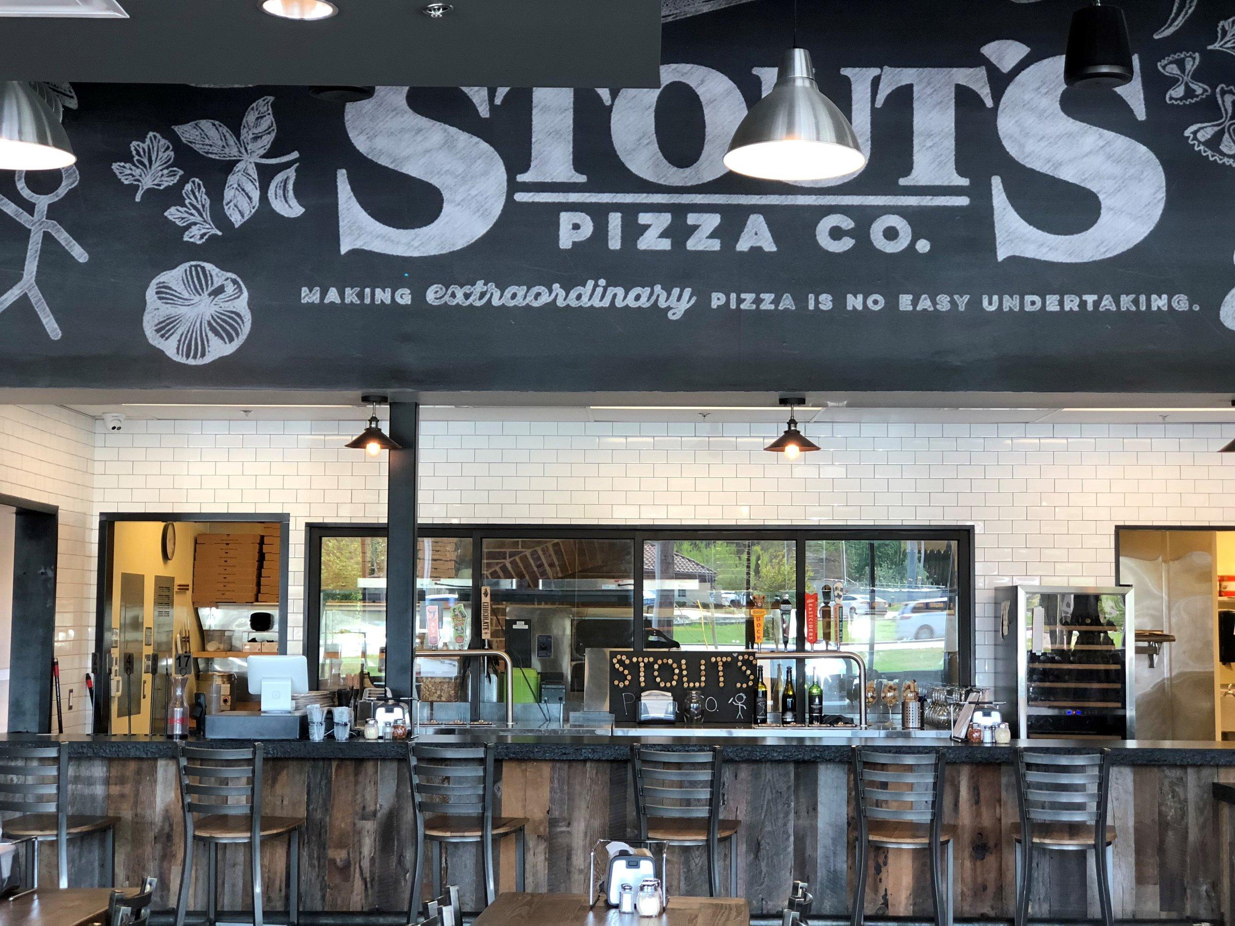 STOUTS PIZZA CO. | OAK RUN NEW BRAUNFELS