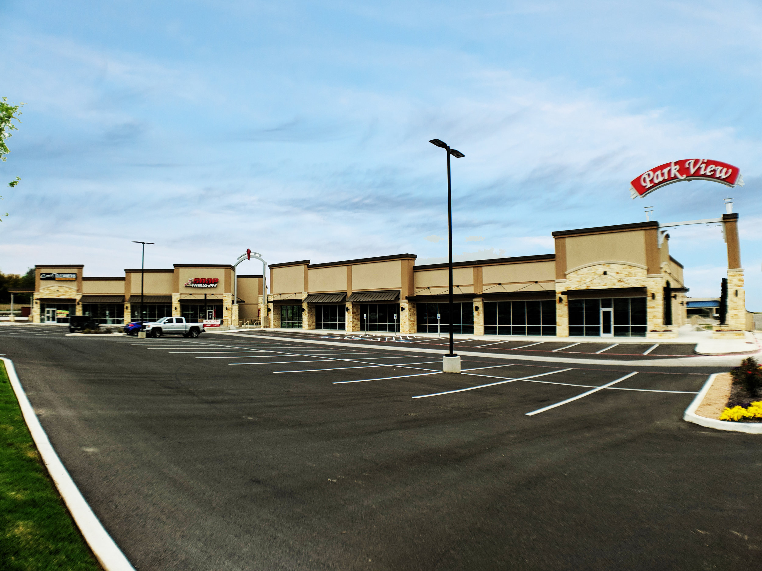 PARK VIEW PLAZA IN NEW BRAUNFELS