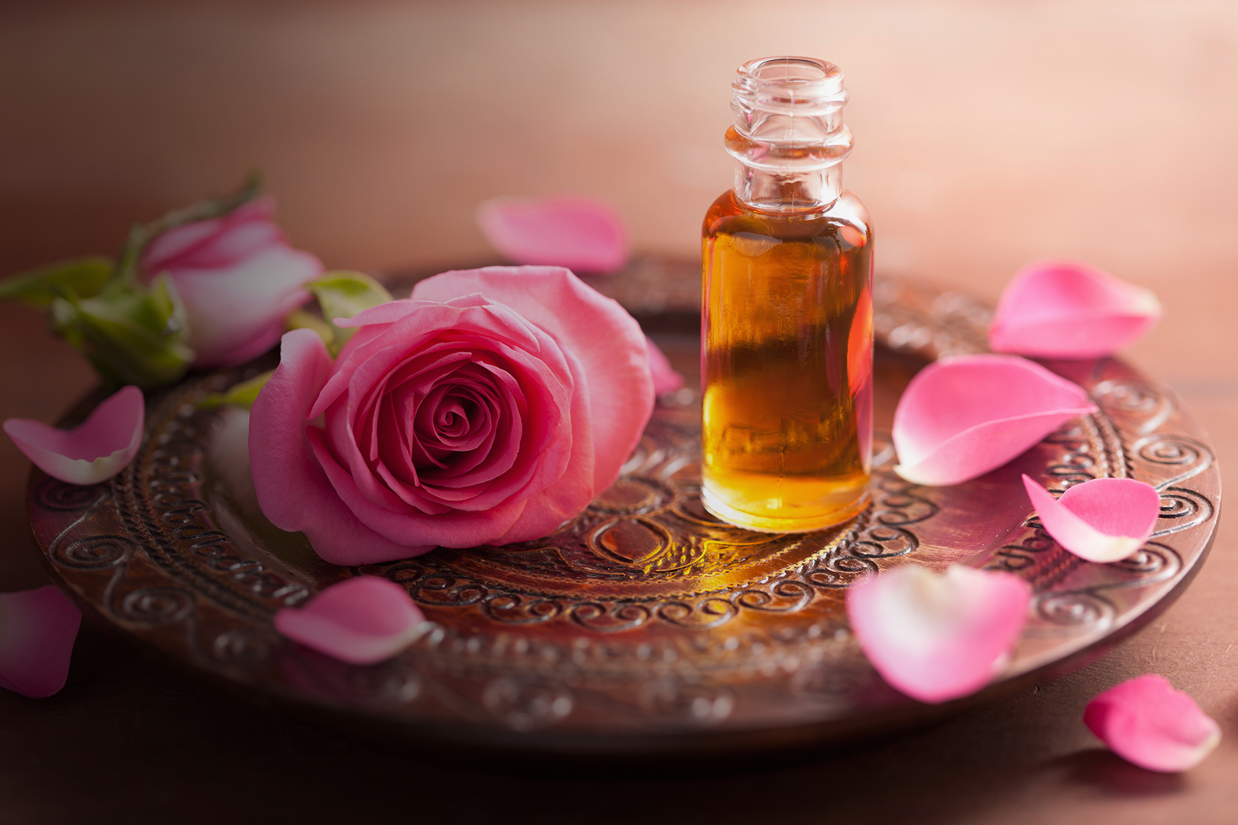 Discover the therapeutic properties of aromatherapy and essential oils -