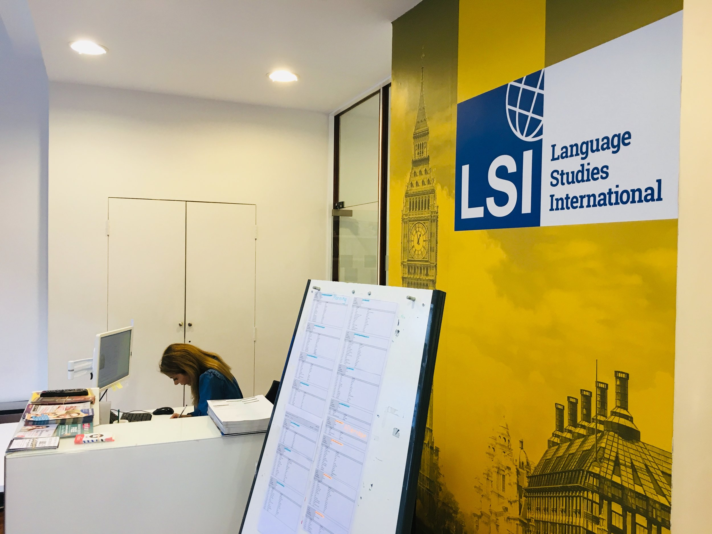 LSI - The school is situated next to the famous Oxford street which gives students a privilege of studying and having fun right in the heart of London. Although the school is in the city center, it is surrounded by quiet streets which makes the learning process effective and efficient.Welcome to LSI - a school with a world-known name!More about LSI:https://www.lsi.edu/en/learn-english-in-england