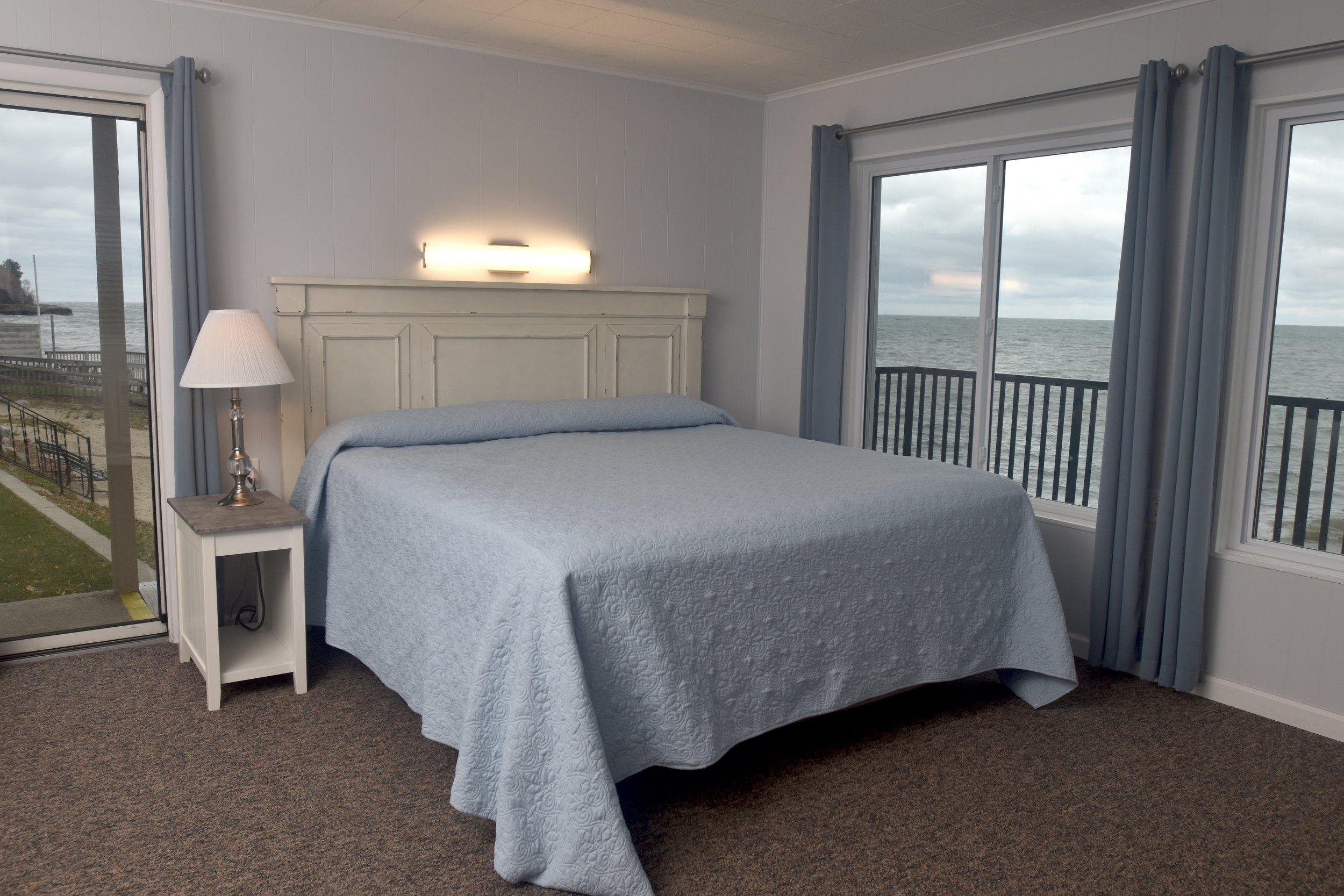 Rooms at the Beachcomber
