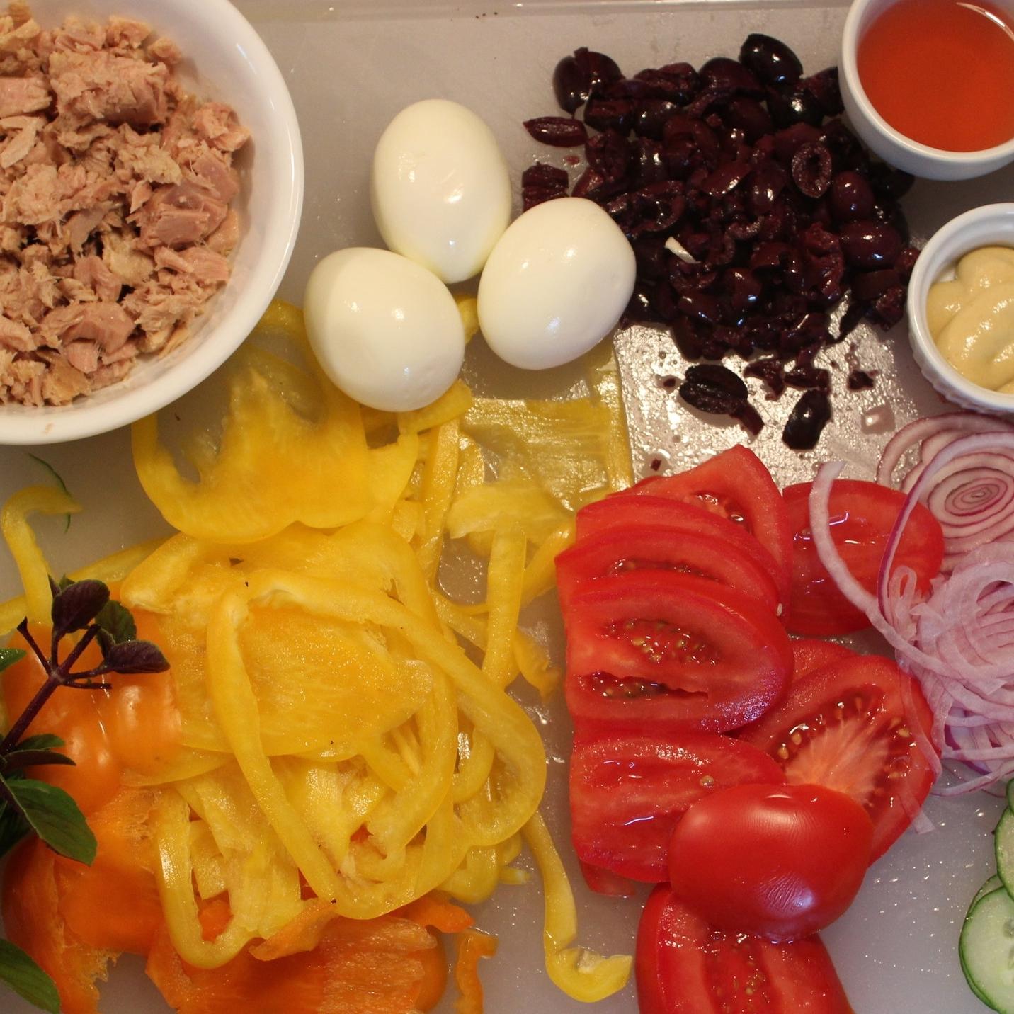 Tuna + ingredients.JPG