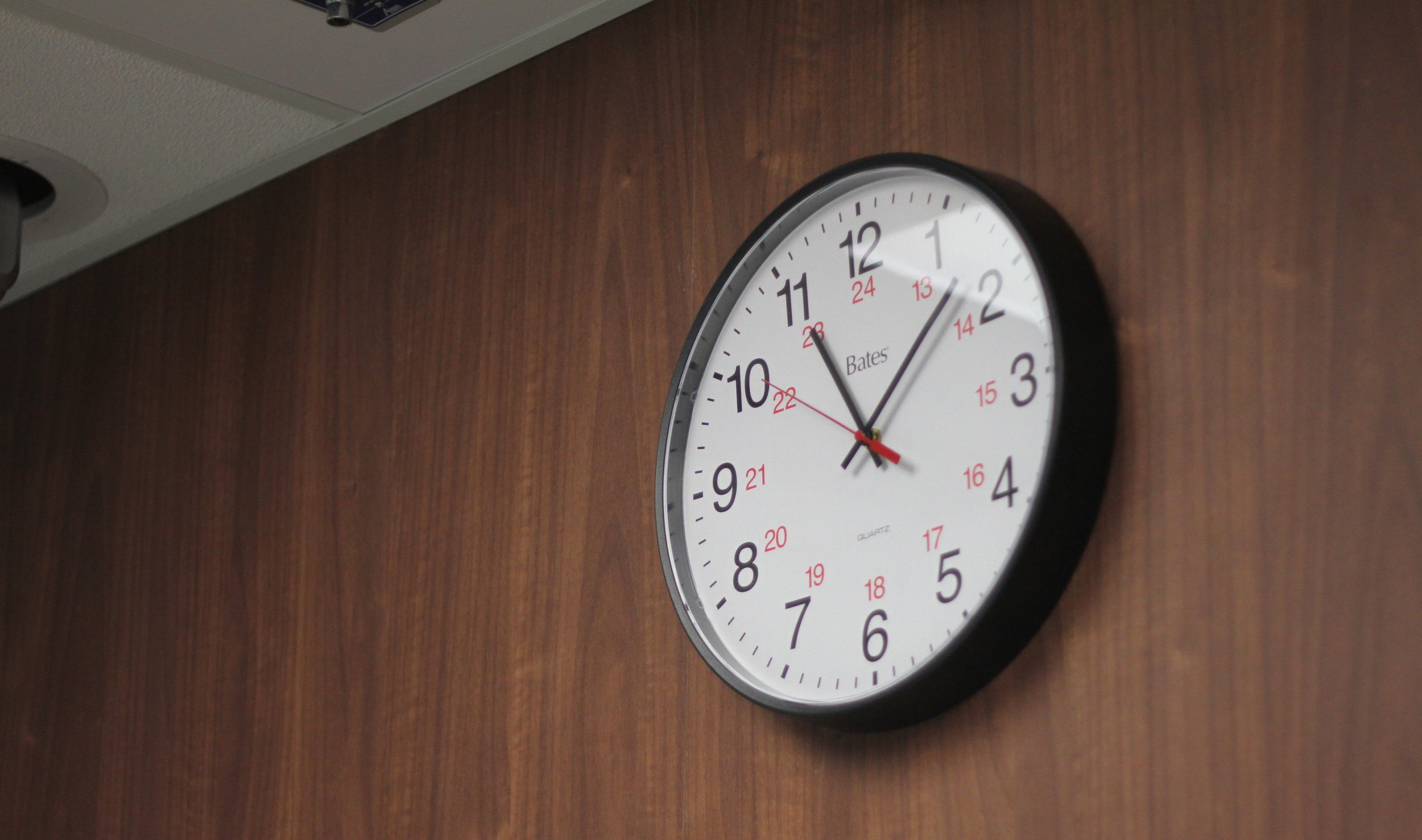 5 Steps to Winning Your Sales Meeting in the First 13 Minutes -