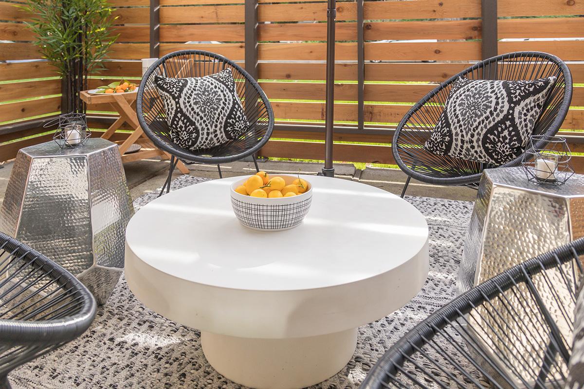 Sharon Green Menlo Park_Model A2_Huge patio outdoor space living Detail_V1-40.jpg