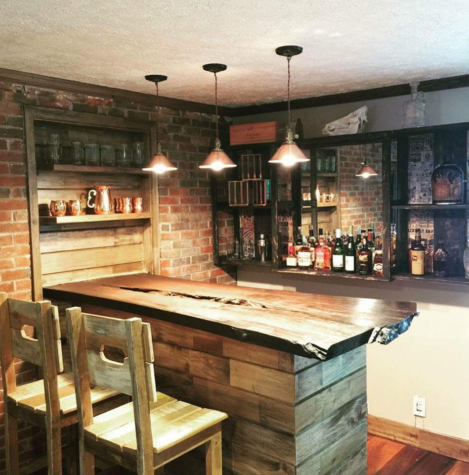 Live edge slab counter top applied in a wet bar