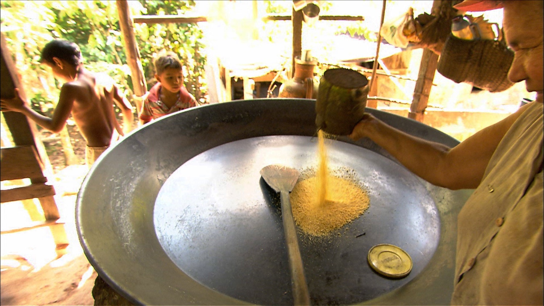 FFOTW_208_pouring quinola.jpg