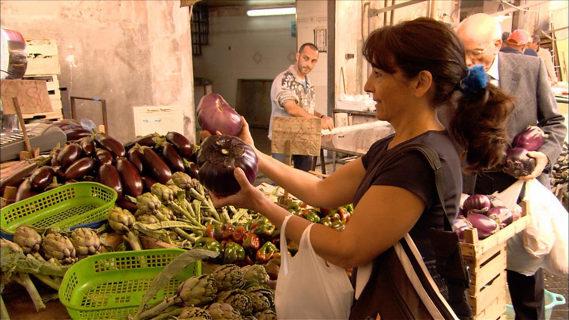 FFOTW_204_sabrina with eggplant.jpg