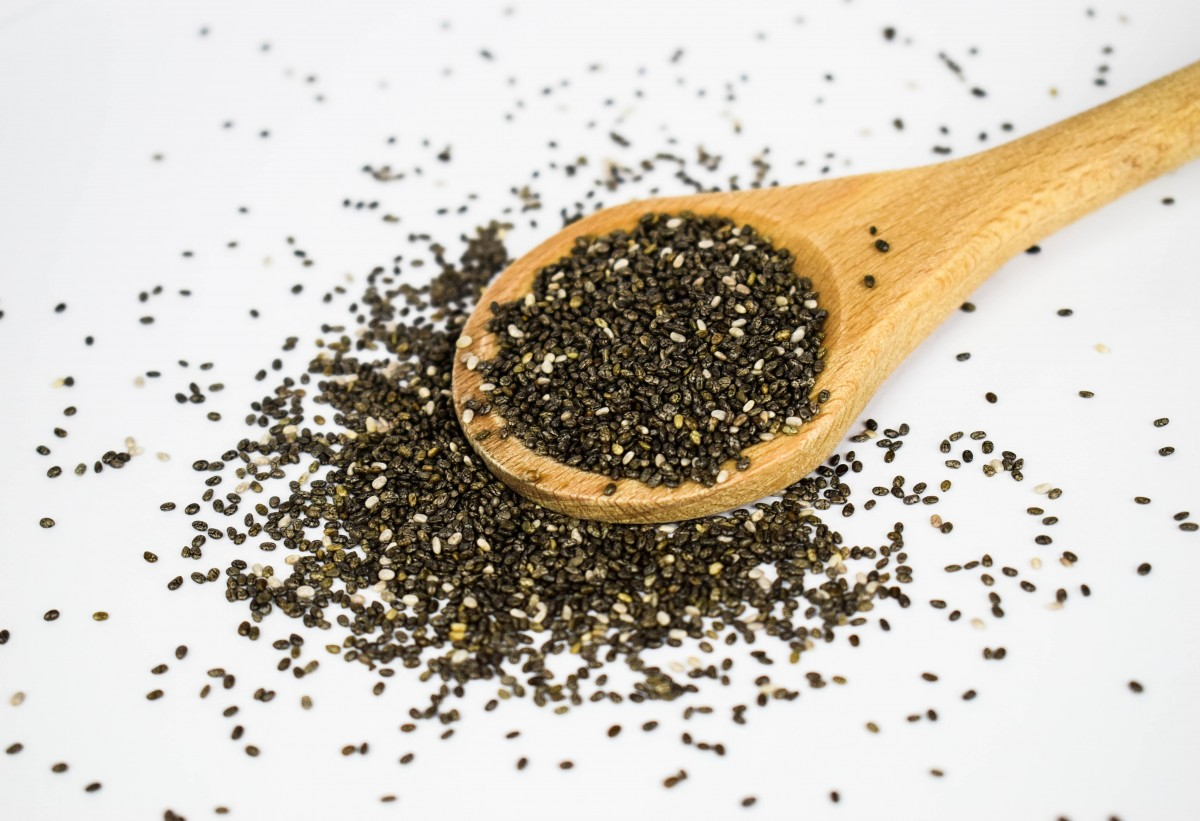 chia_seeds_super_food_eat_healthy_of_course_remove_antioxidants-1379109.jpg