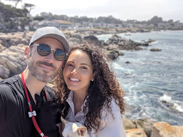 Amazing day driving through Monterrey, Pebble Beach and Carmel-by-the-Sea with this chica. Some of the most stunning coastline I've ever seen 🌴🌊🏖️
