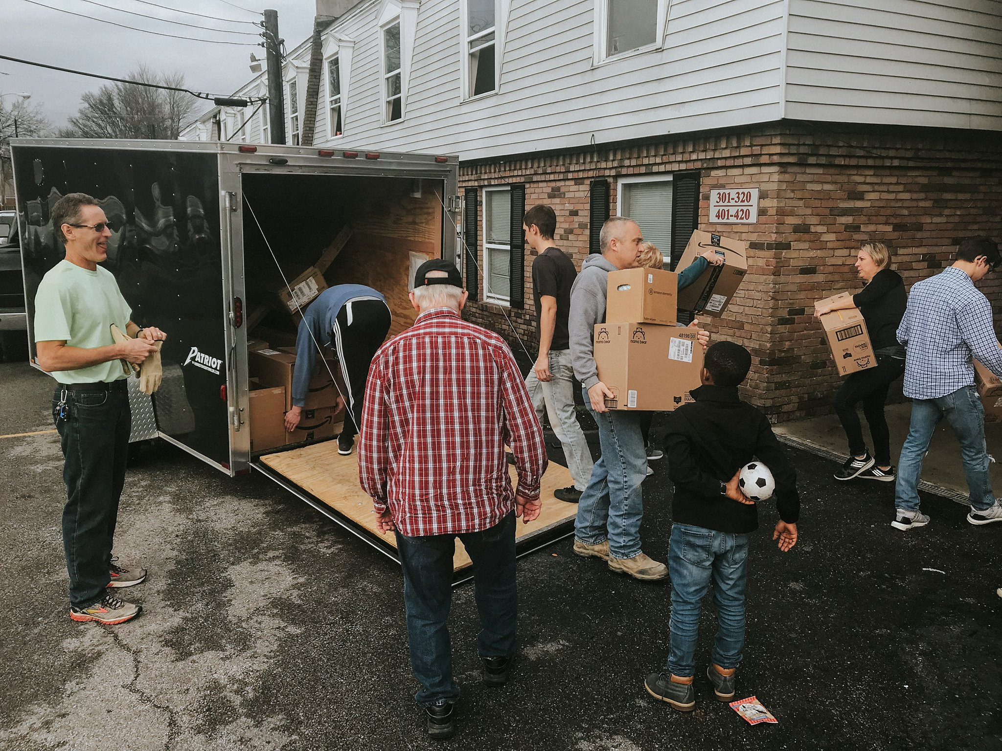 Non-Profit-Serving-Louisville-families-in-need_0006.jpg