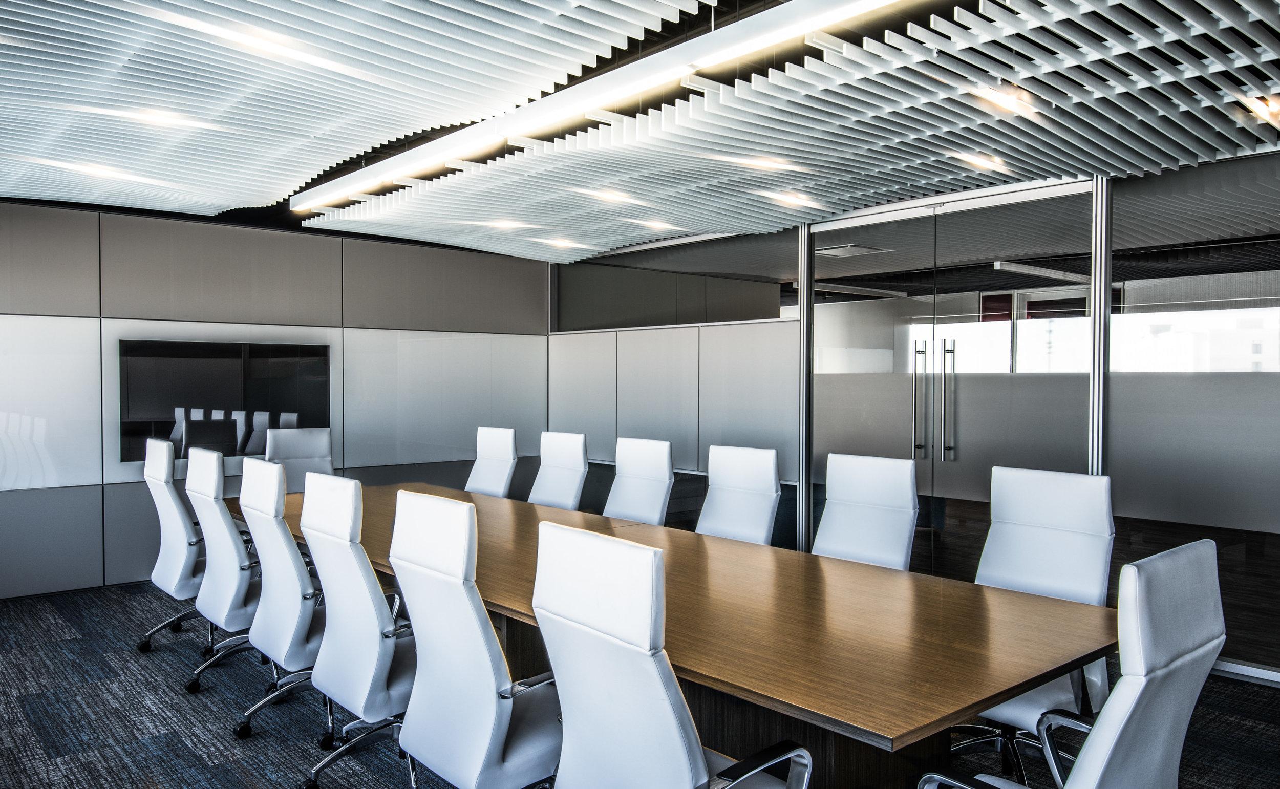 DIRTT boardroom.jpg
