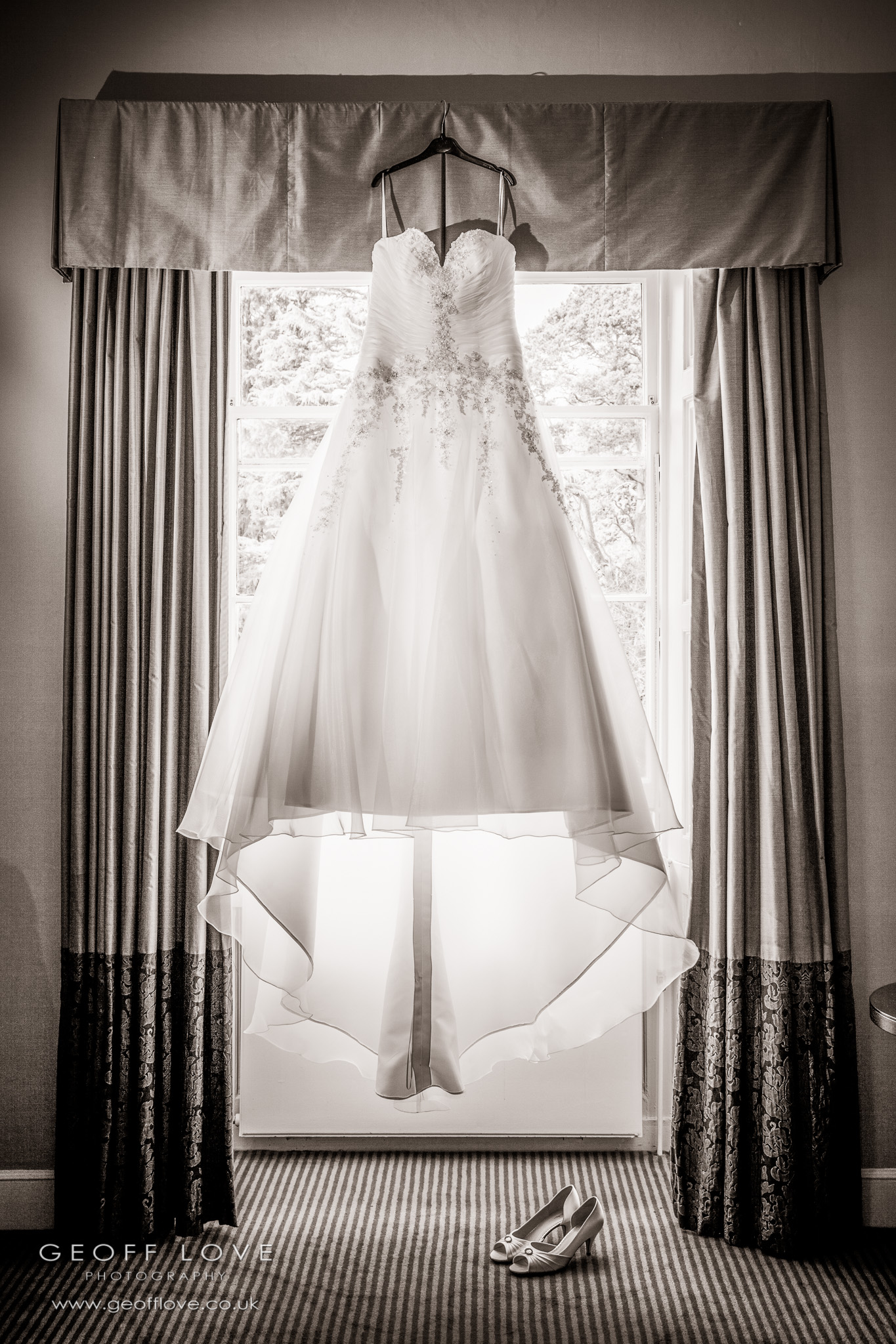 bridal wedding dress photo linden hall