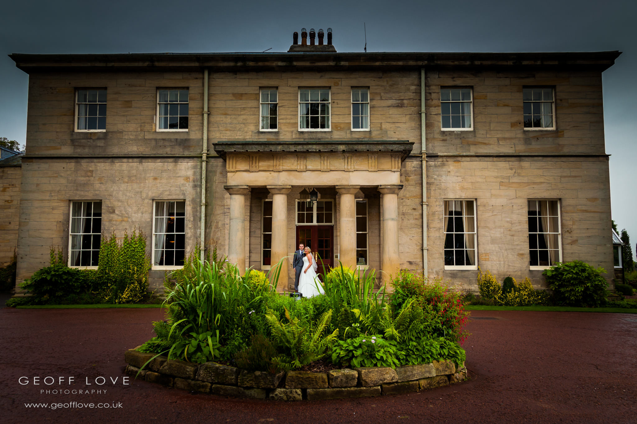 linden hall wedding entrance