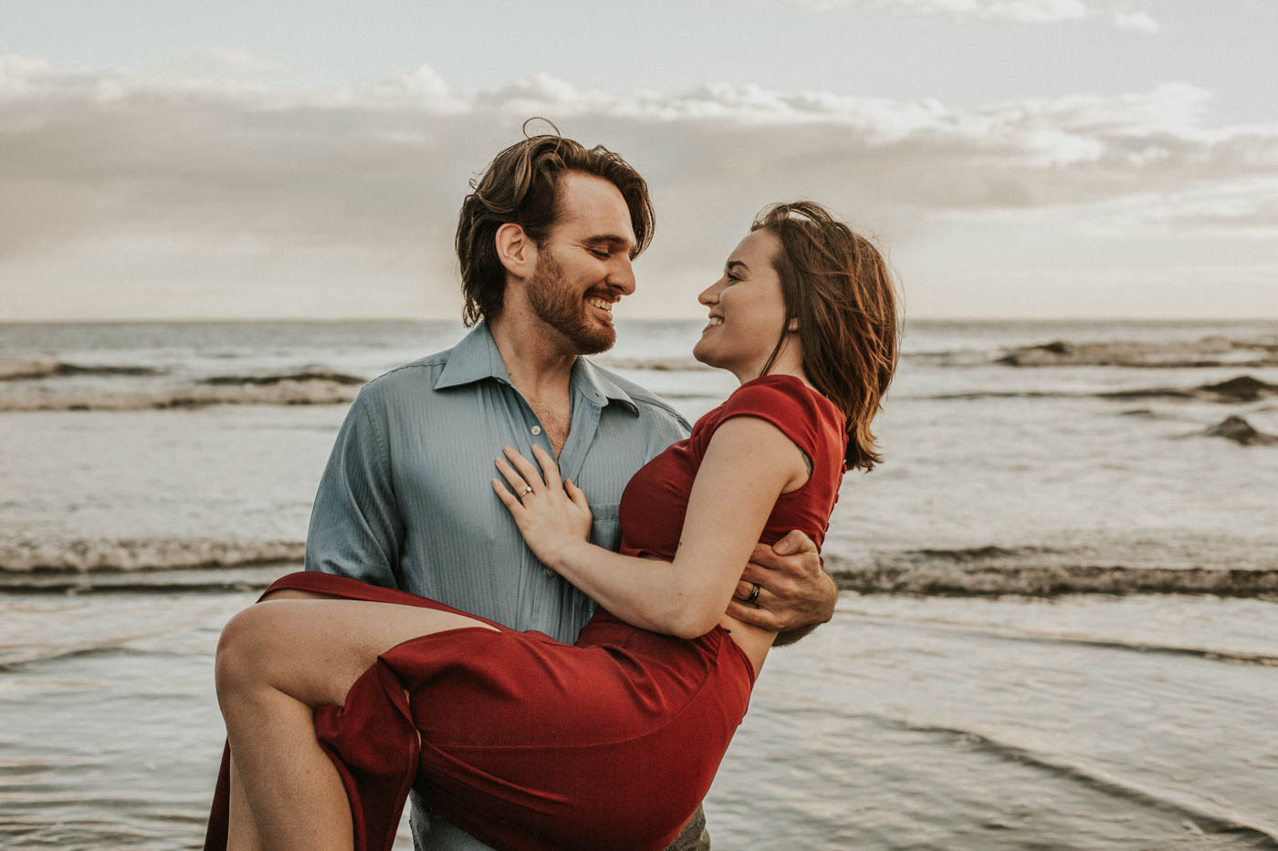 Cape Disappointment Couple's Session on the Washington Coast | Rosemary & Pine Photography