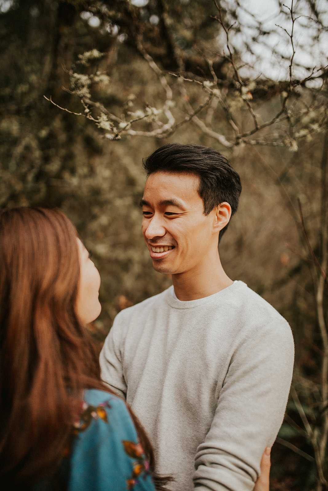 Olympic National Forest Engagement Session on the Elwha River in Washington   Rosemary & Pine Photography