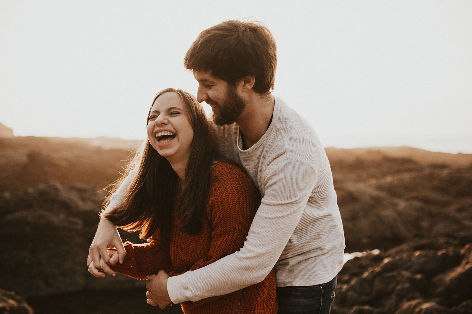 Oregon Coast Couples Session in Yachats Oregon   Rosemary & Pine Photography