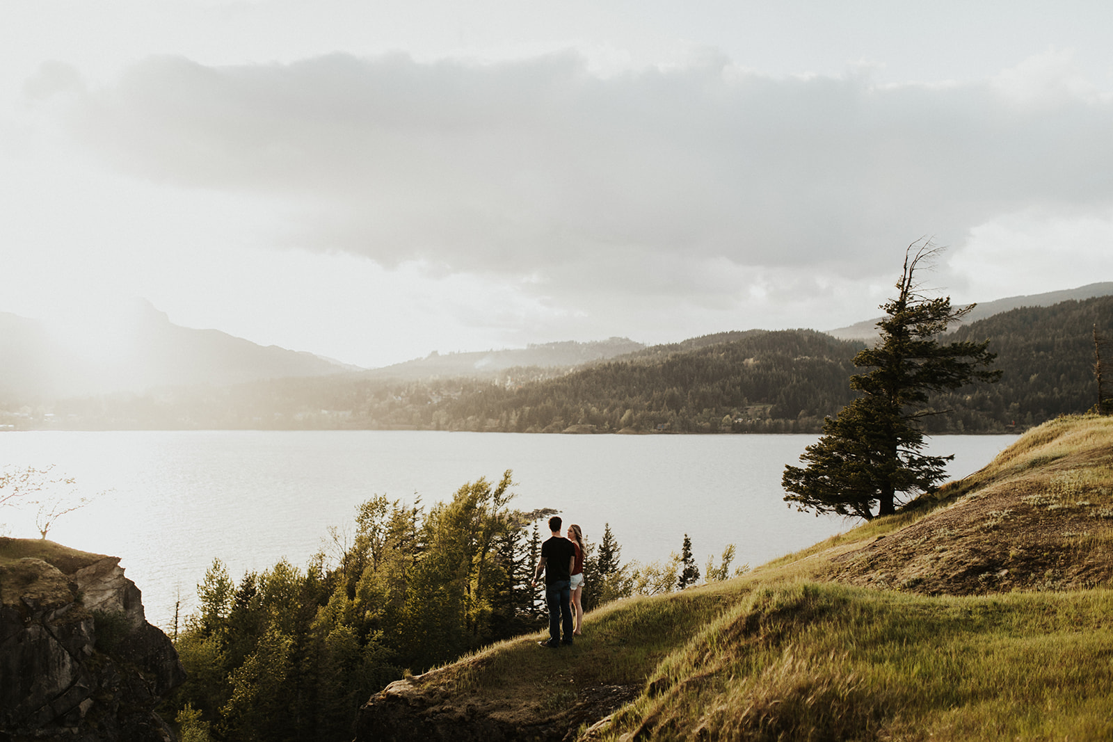 Columbia River Gorge Engagement Session | Portland Oregon | Rosemary & Pine Photography